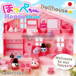 Different kinds of Hoppe-chan plastic mini house toy set