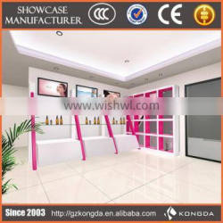Supply all kinds of windows showcase,tempered glass showcase,3d hologram showcase display