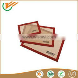 High quality Colorful food grade silicone heat resistant baking pan square mat
