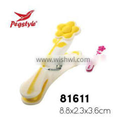 Best selling high quality decorated pretty PP and TPR material plastic peg