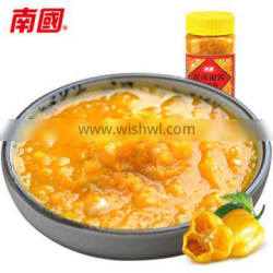 Factory direct sale 500g hot chili sauce with plastic bottle package, yellow lantern chili sauce