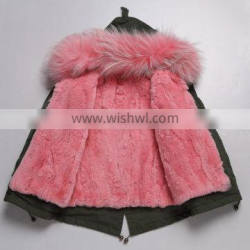 2016 Hot Sale Children Clothing Latest Korean Style Kids Coat with Raccoon Fur Hood and Rabbit Fur Lining
