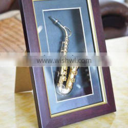 Saxophone Model Display Case Wall Frame Adornment Gift with Wood