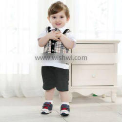 Wholesale England style gentleman 3pcs suit of baby boy' clothes set,including shirt,checked vestand pants