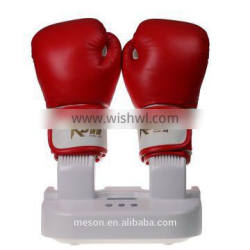 Electric glove heater and dryer for boxing gloves