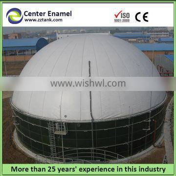 Effective biogas digester storage tank equipped with double membrane roof