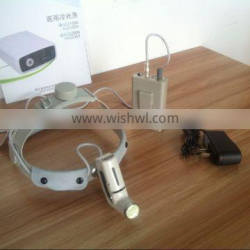 Light weight portable dental light source