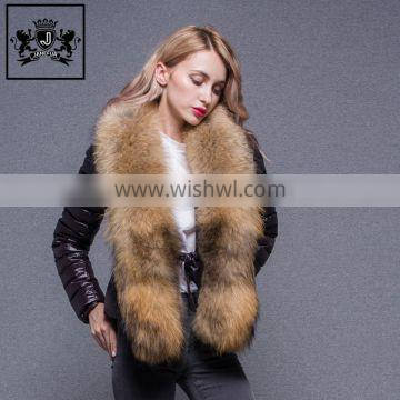 Best selling winter goose/duck feather padded down jacket with fur for women