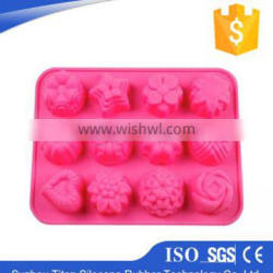 Eco-friendly christmas silicone molds of silicone muffin pan
