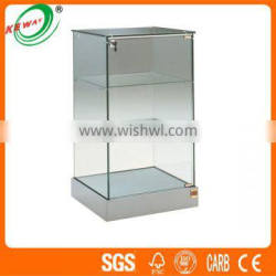 Promotional 3 -tier Glass Showcase Luxuries Display Stand Design