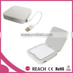 Square compact 5x magifying lighted makeup mirror with power bank / mirror power bank with light bulbs and magnification