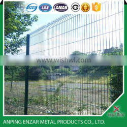 factory direct price curvy wire mesh fence