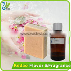 100%pure LuxS fragrance used for soap