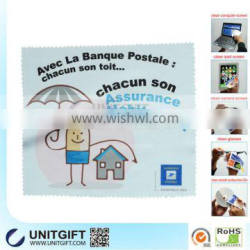 No harmful microfiber window cleaning cloth