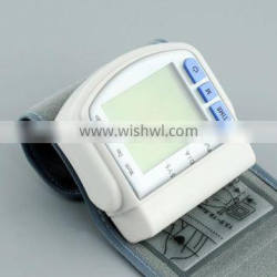 Best Selling arm type medical devices LCD blood pressure monitor