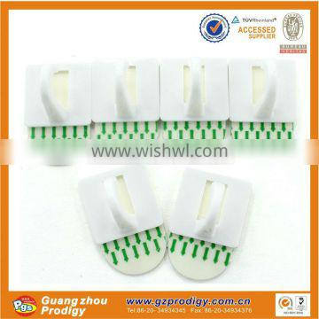 hot selling removable plastic outdoor adhesive ceiling hook