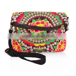 2016 beautiful ethnic embroidery women cotton canvas messenger bags
