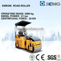 XCMG mini road roller XMR30E manual vibrating road roller (Operating mass:3080kg, Diesel Power:21kw)