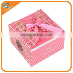 Wholesale custom made chocolate candy folding box with a ribbon