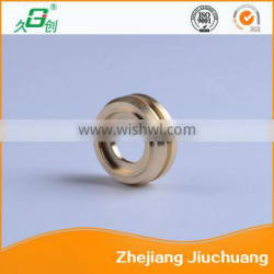 Brass auxiliary seal seat