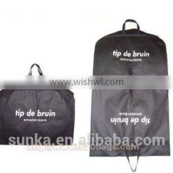 High Quality Black Nonwoven Suit Cover With Handle