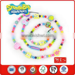 3 year's old children play 240 pcs colourful multi-shaped wholesale beads 3 strings DIY teawood educational toys kindergarten