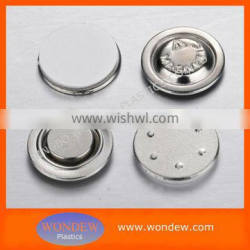 Round magnetic name badge