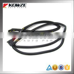 Outer Left Front Door Opening Weatherstrip For Mitsubishi ASX GA1W GA2W 5725A233 5725A287