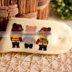 Thick and Warm Winter Yellow Happy Bear Woman Custom Wholesale Sock Manufacturer