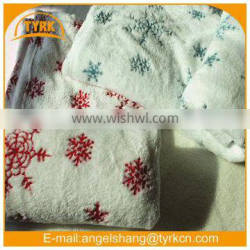 red and blue snowflake air conditioning throw knees Blanket