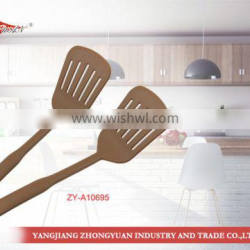 Wholesale Nylon kitchen accessory slotted spatula kitchen utensil for cooking tools