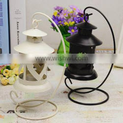 Heart shaped classical hollow candlestick metal candle holder, hanging wrought iron candlestick for home decoration