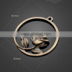 wholesale rose flower arrangement alloy flat-bottom pendant accessories for jewelry or for bags