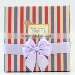 Pre-made satin ribbon bow with elastic loop on back for packing decoration