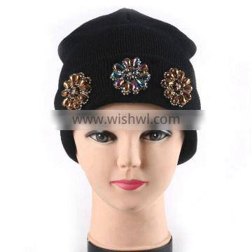 New design acrylic knitted common beanie hat with flower