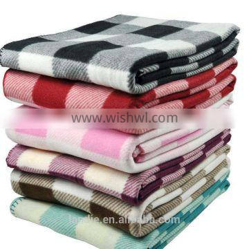 100 PCT POLYESTER CUSTOM MOST COMPETITIVE POLAR FLEECE BLANKET
