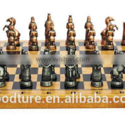 Zinc Alloy Chess Pieces Wooden Chessboard Chess Game Set With King Height 3.8cm