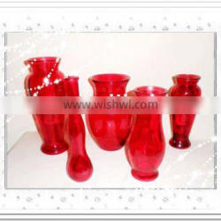 Glass vase with colorful effect