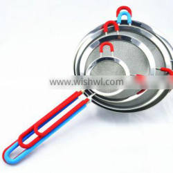 stainless steel mesh strainer with silicone sleeve on handle