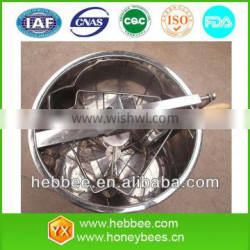 honey extractor of manual or electrical