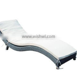 Hot sale S shape poolside Grey rattan Sun lounge/Chaise lounge