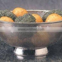 high quality fine pieced polished stainless steel colanders