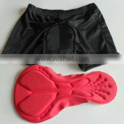 Molded sponge scouring pad for cycling