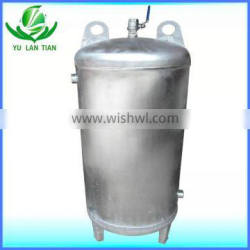 Compact structure stainless steel storage tank