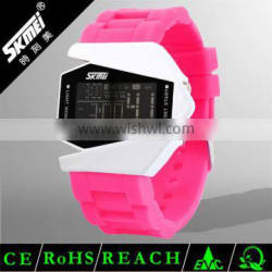 New design full color water resistant analog lcd sport watch