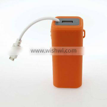 Hot sell rechargeable AA battery power bank with cable