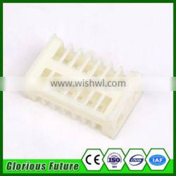 Beekeeper Honey Tools White Color Plastic Material Queen Bee Cage Price