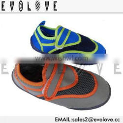 Wholesale swimming aqua shoes with TPR sole