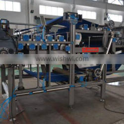 Industrial Apple juicing machine with ISO and CE manufactured in Wuxi Kaae