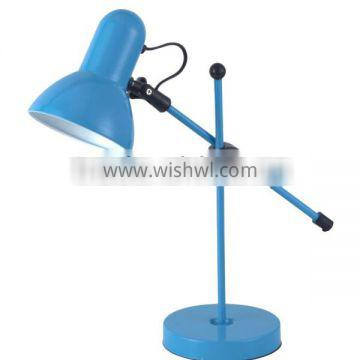 2016 Europe School Use Cheap Plastic LED Table Lamp